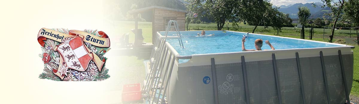 Foto unseres Swimmingpools im Garten